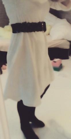 hvit kjole siden