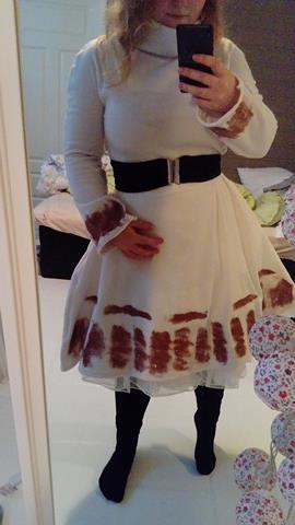 hvit kjole med glitter fremside 1