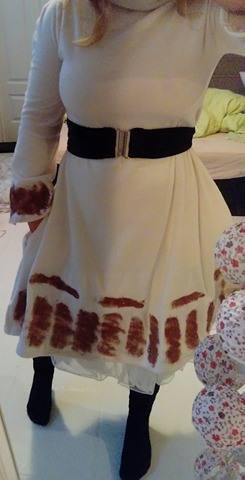 hvit kjole med glitter fremside 3